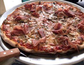 ham New York Style pizza